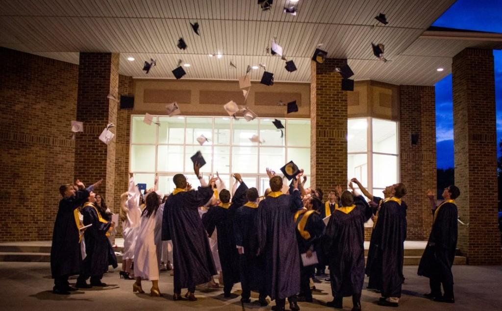 2015 Seniors Graduation